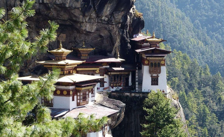 10 Reasons why you should visit Bhutan