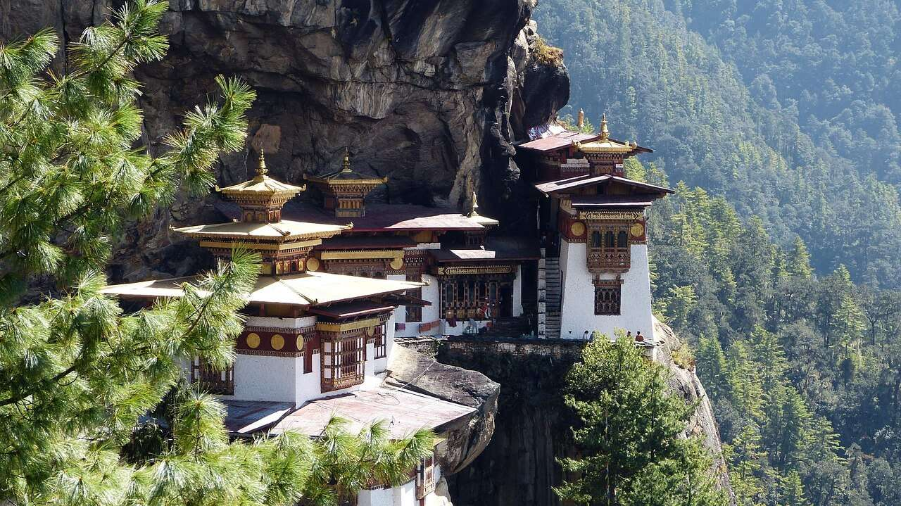 10 Reasons why you should visit Bhutan