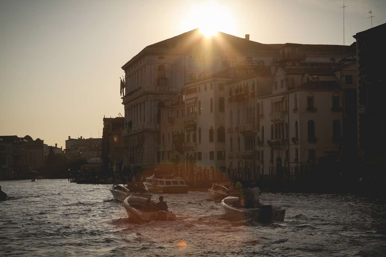 LakeVenice - The 5 Most Romantic Cities in Europe