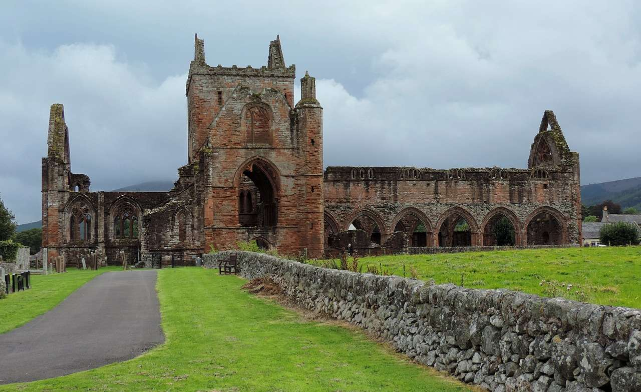 Sweetheart abbey Dumfries - Best Places To Visit in Scotland