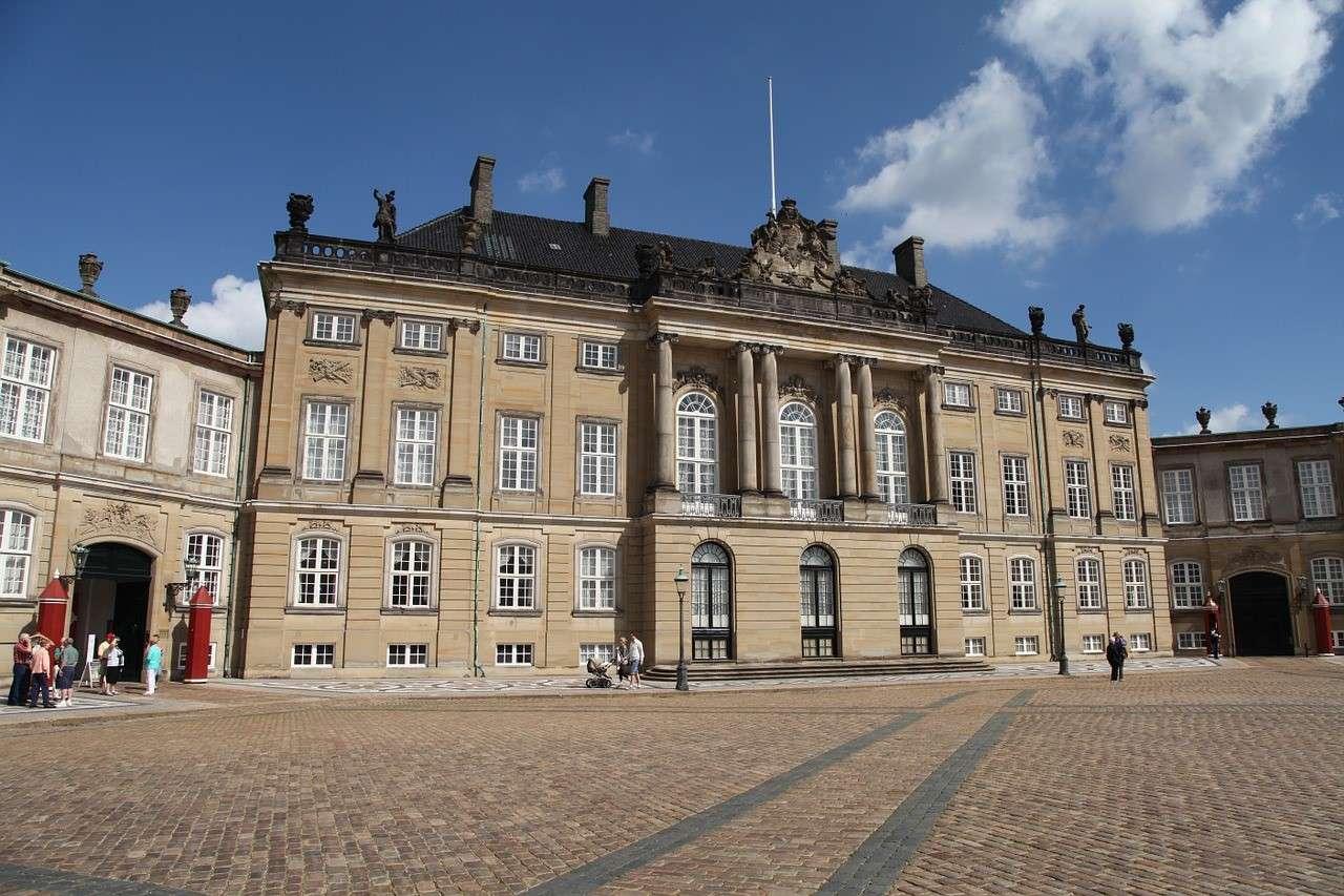 amalienborg-palace-denmark