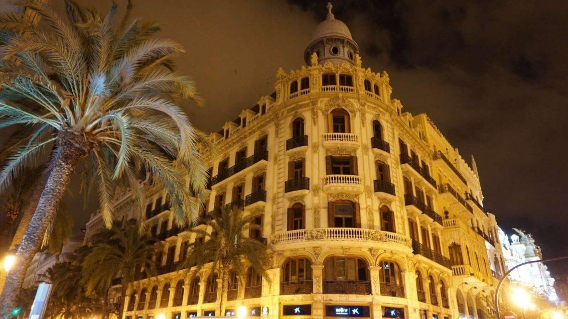 A Day Trip to Valencia,Spain 1